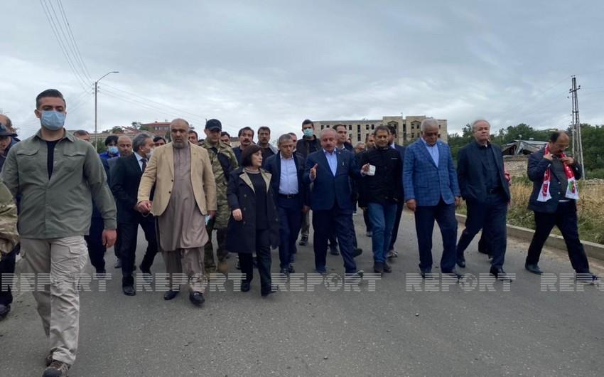 Parlament sədrlərinin Şuşaya səfəri başlayıb-