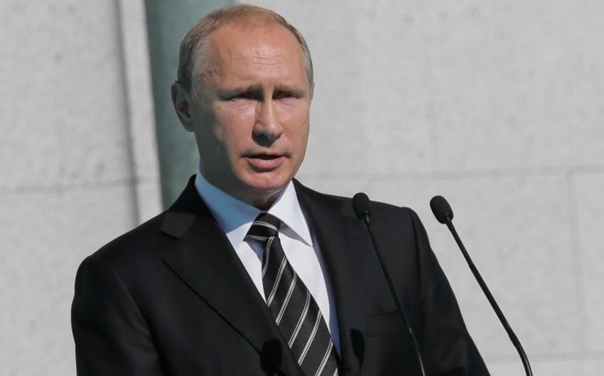 Vladimir Putin müsəlmanları Qurban bayramı münasibətilə təbrik edib