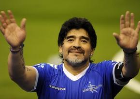 İspan futbolçusu Maradonanın xatirəsini anmaqdan imtina edib