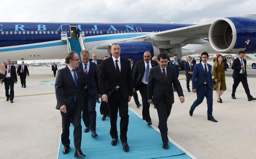Президент Азербайджана прибыл в Турцию