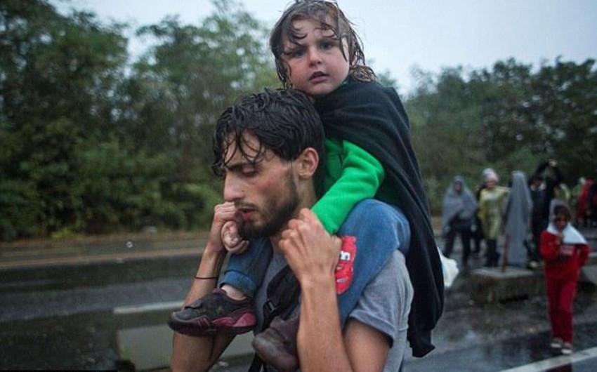 BMT: Son iki gündə Qərbi Mosuldan 13 minə yaxın insan qaçıb