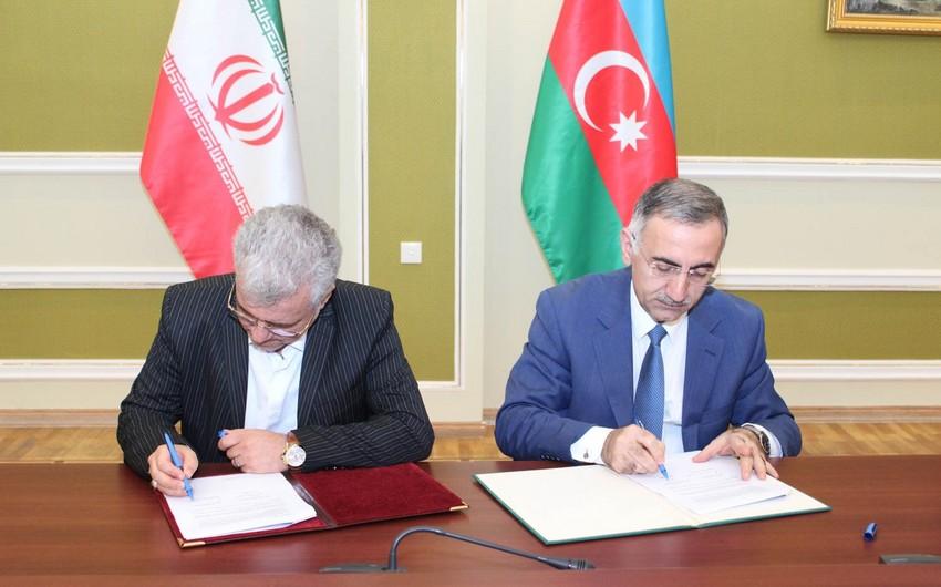 Azərbaycanla İran arasında İKT sahəsində əməkdaşlıq üzrə müzakirələr aparılıb