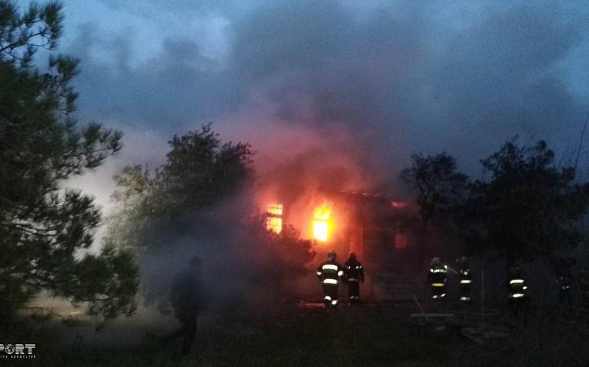 Минздрав Азербайджана: С места пожара своевременно эвакуированы 200 человек