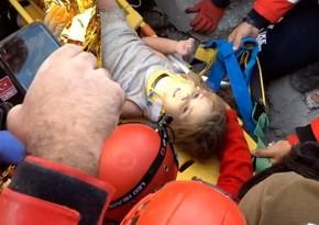 İzmirdə dağıntılar altında qalan uşaq 90 saat sonra xilas edilib