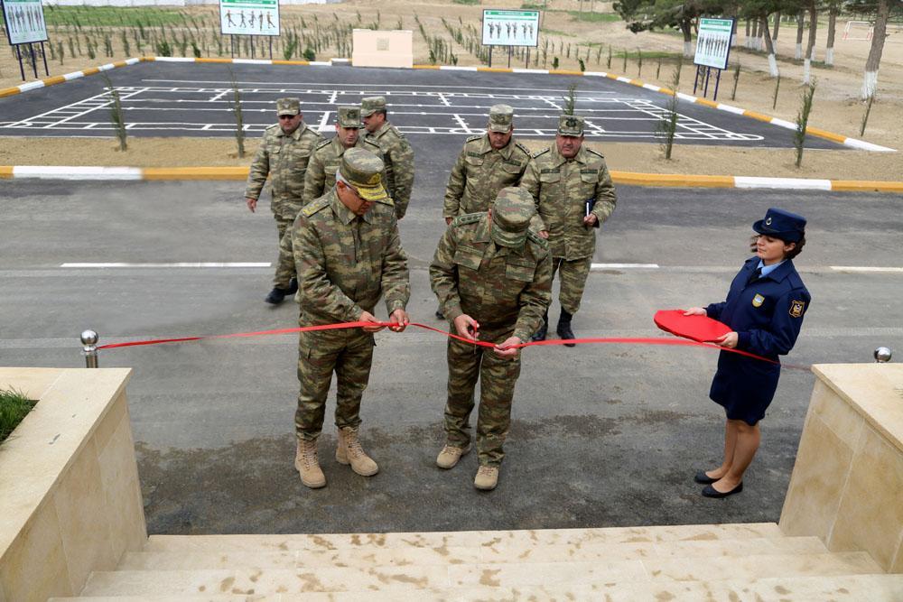 Hərbi Hava Qüvvələrinin yeni yaşayış kompleksinin açılışı olub