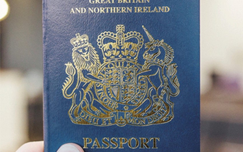 Britaniyalılar Avropa Birliyi sözləri qeyd olunmayan pasportlarını almağa başlayıb