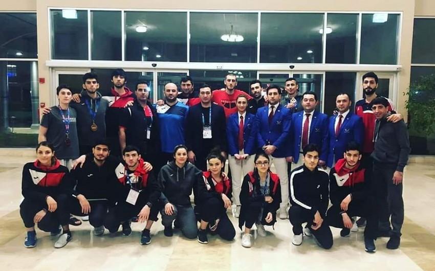 Azərbaycan taekvondoçuları Turkish Opendən 6 medalla qayıdır