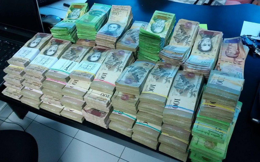 Hyperinflation in Venezuela may soar to 1 million percent