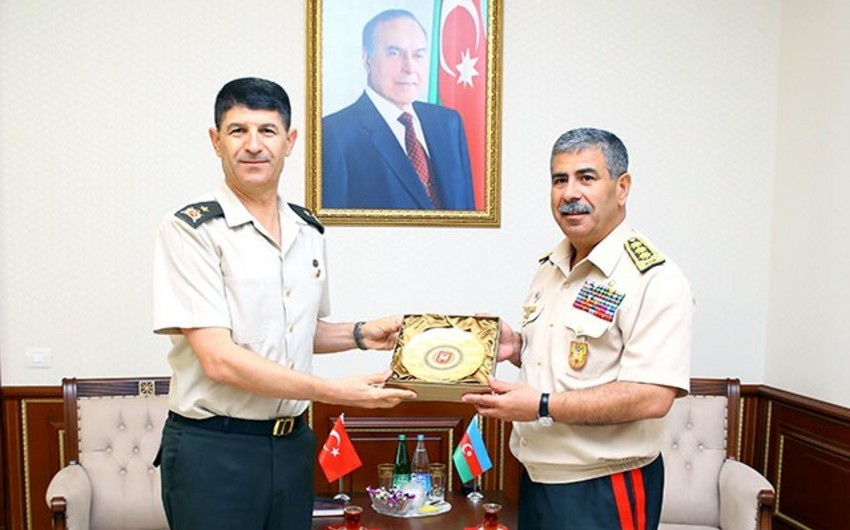 Azerbaijan Defense Minister meets with Turkish military attaché