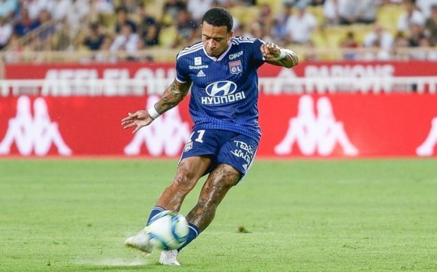В первом туре Чемпионата Франции Лион на выезде разгромил Монако