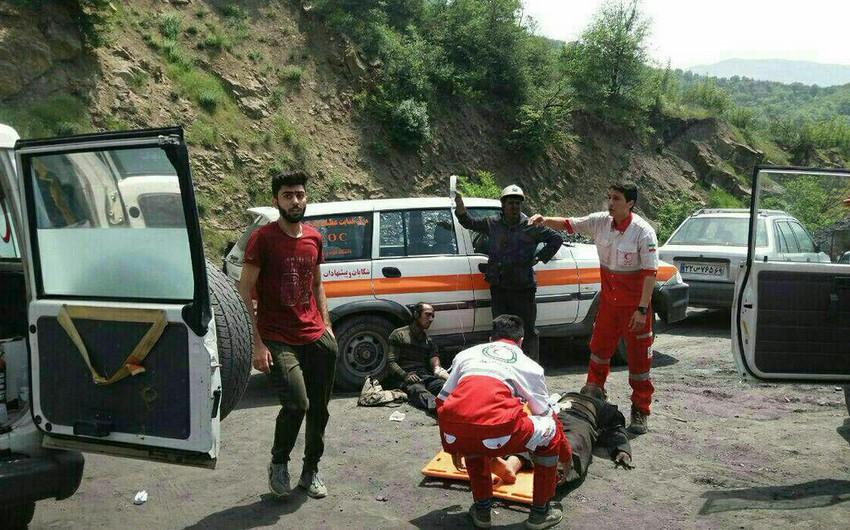 İranda şaxtada partlayış olub, 50-yə yaxın insan dağıntılar altında qalıb