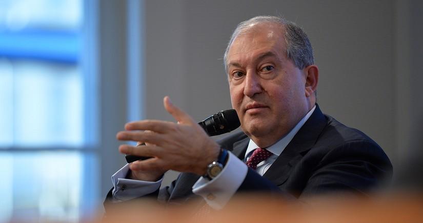 Ermənistan prezidenti Gürcüstan baş naziri ilə görüşə bilməyib