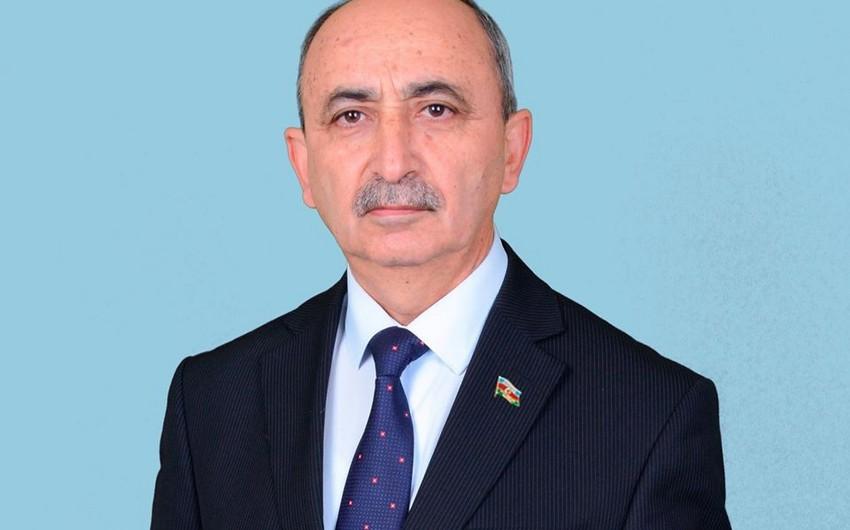 Deputat qaçqın və məcburi köçkünlərin statusundan danışdı