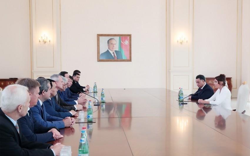 Birinci vitse-prezident Mehriban Əliyeva MDB ölkələrinin Daxili İşlər Nazirləri Şurası iclasının iştirakçıları ilə görüşüb - YENİLƏNİB