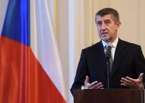 Çexiyanın Baş naziri: Brüssel seçki prosesinə qarışır