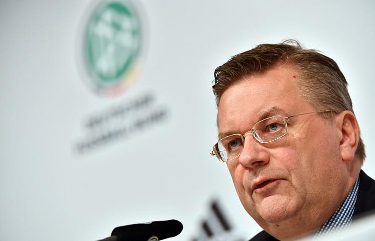 Глава Немецкого футбольного союза: Я должен был встать на сторону Озила