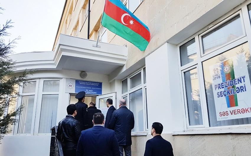 Военнослужащие СГБ активно участвуют на выборах президента Азербайджана
