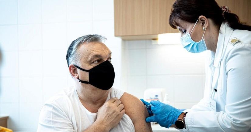 Hungarian PM gets vaccinated against coronavirus