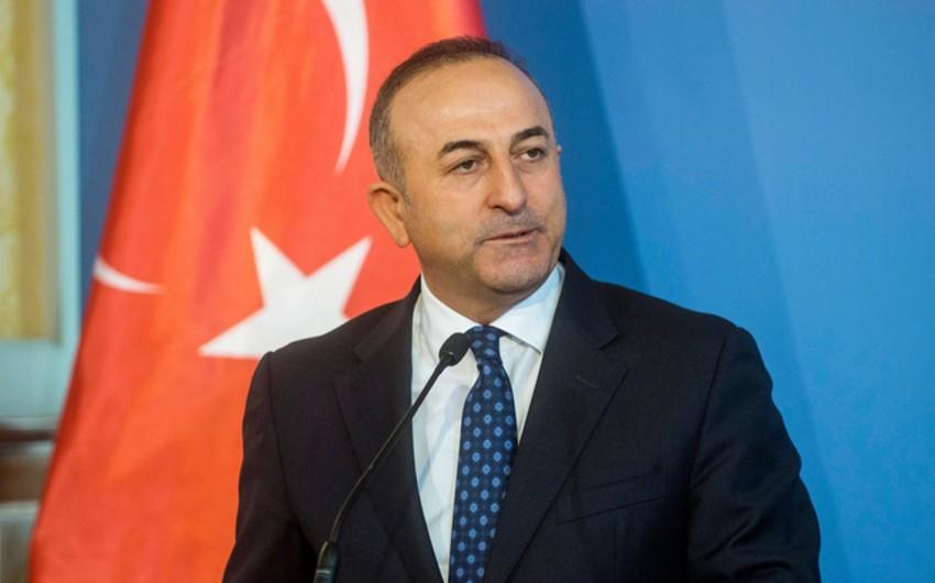Mövlud Çavuşoğlu: Türkiyə oktyabrdan Aİ ilə vizasız rejimin tətbiq ediləcəyini gözləyir
