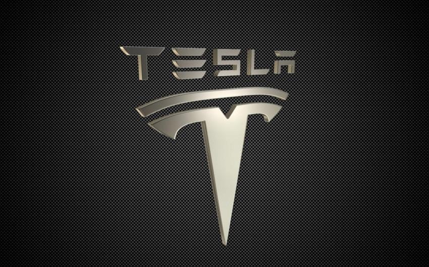 """""""Tesla"""" ötən rüb 97 min avtomobil satıb"""