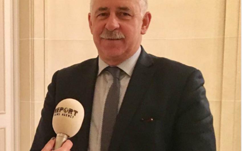 Fransalı deputat: Təzyiqlər məni Azərbaycana daha da yaxınlaşdırdı