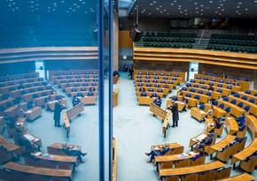 Araqarışdıran niderlandlı deputatların təklifi - ermənilərdən çox ermənilik - ŞƏRH