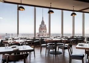 В Нью-Йорке рестораны смогут добавить к счету доплату за COVID-19