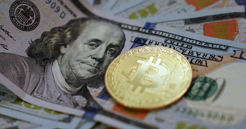 Bitcoin falls by 1/3 from April all-time high