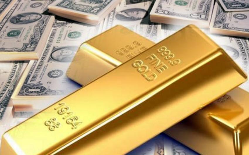 Analitiklər: Dollar və qızılın birgə bahalaşması böhranın əlamətidir