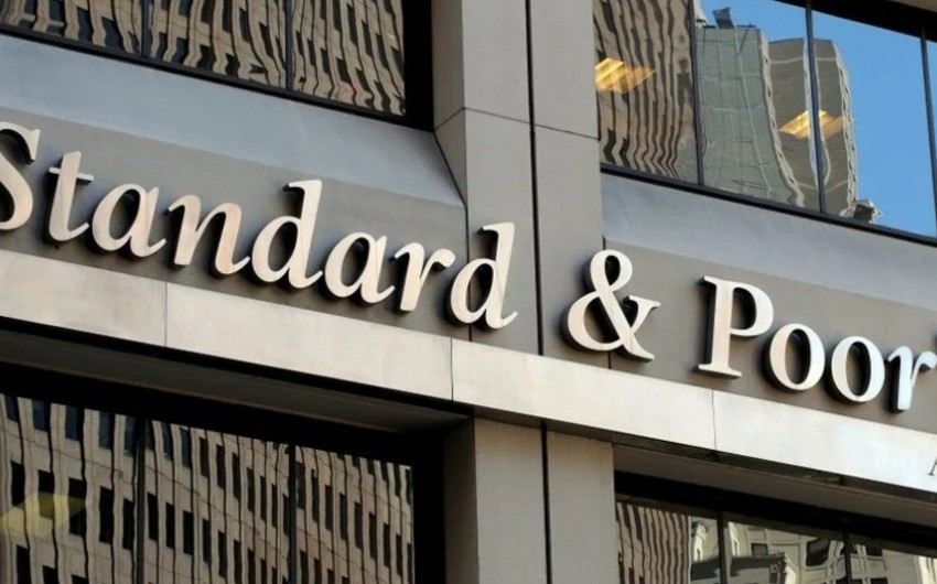 Standard & Poor's kredit reytinqi üzrə proqnozunu yüksəldib
