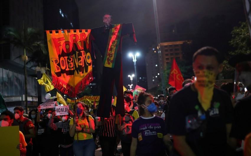 Braziliyada Bolsonaru hökumətinə qarşı mitinqlər keçirilib