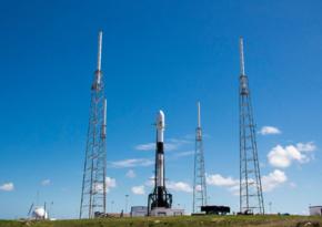 SpaceX запустила ракету с разведывательным спутником США