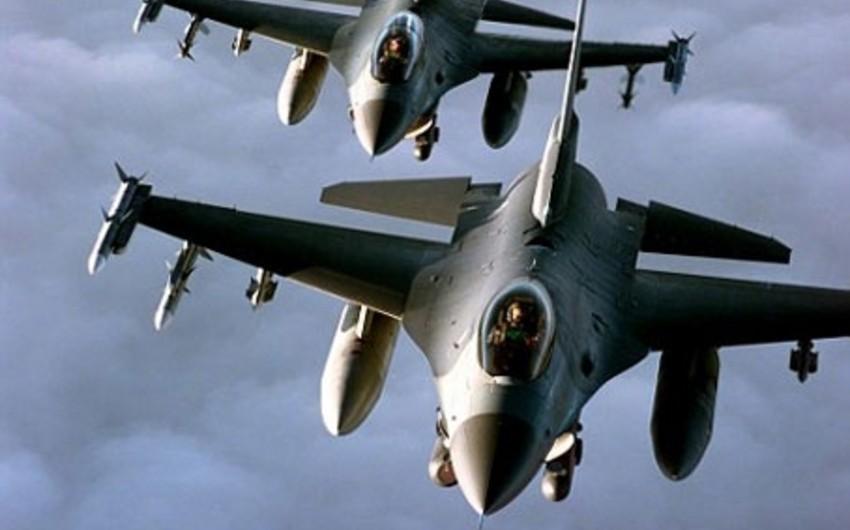 ABŞ və Yaponiya Hərbi Hava Qüvvələri Şərqi Çin dənizində birgə təlimlər keçirib