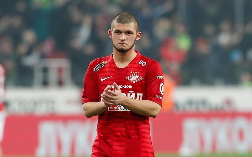 Азербайджанский футболист заплатил 155 тыс. рублей избитому американцу за отказ от претензий