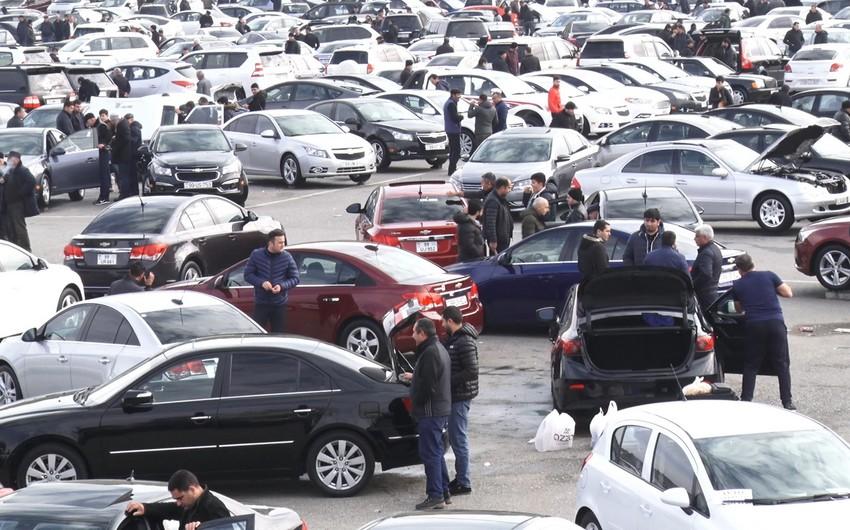 Avtomobil bazarında qiymətlər əl yandırır - VİDEOREPORTAJ