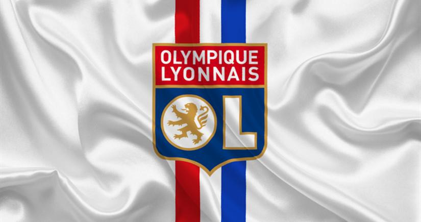 Лион планирует подать жалобу в УЕФА на выбор судей на матч ЛЧ