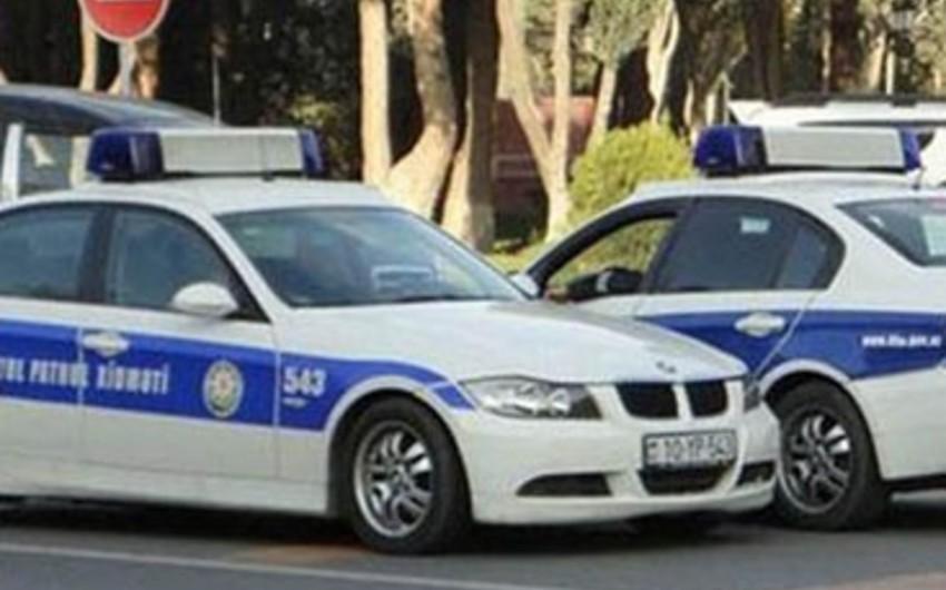 Xırdalanda yol patrul xidmətinin əməkdaşları qəzaya uğrayıb