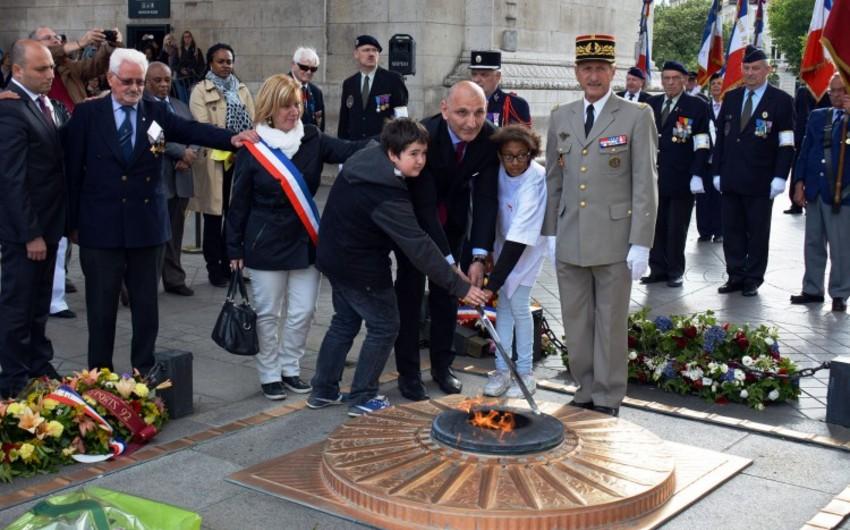 Fransada Azərbaycan Silahlı Qüvvələrinin yaranmasının 97-ci ildönümü təntənəli şəkildə qeyd olunub - FOTO