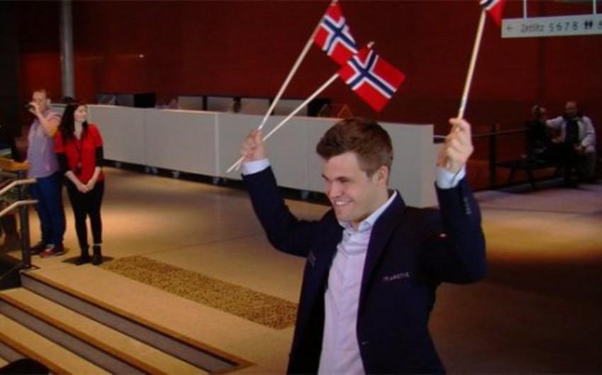 Maqnus Karlsen Norveçdə şahmatın məşhur olmamasının səbəbini açıqlayıb