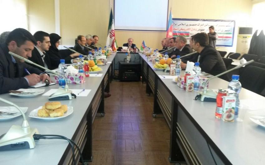 İran və Azərbaycanın gömrük orqanlarının rəsmiləri görüşüb
