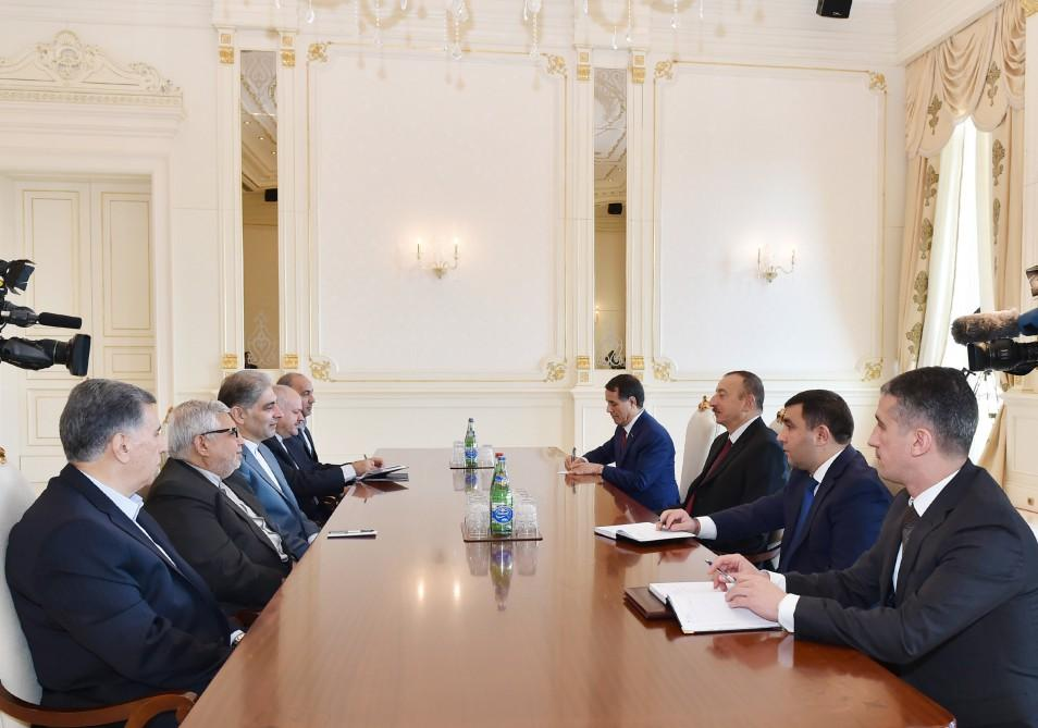 Президент Ильхам Алиев принял губернатора провинции Восточный Азербайджан Ирана