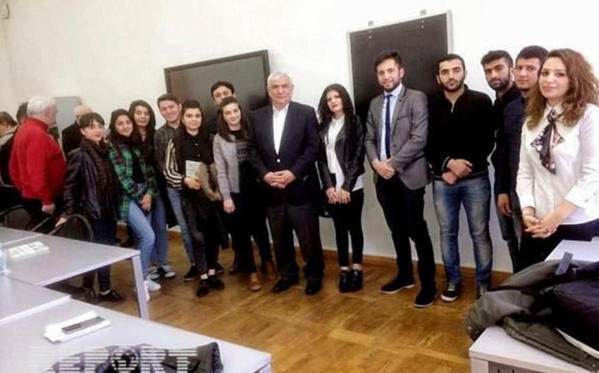 Tbilisidə akademik Kamal Abdullanın kitabının təqdimatı olub