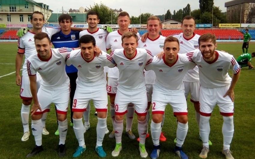 Rusiyada oyunlara pul qoyuluşu edən 3 futbolçu diskvalifikasiya edilib