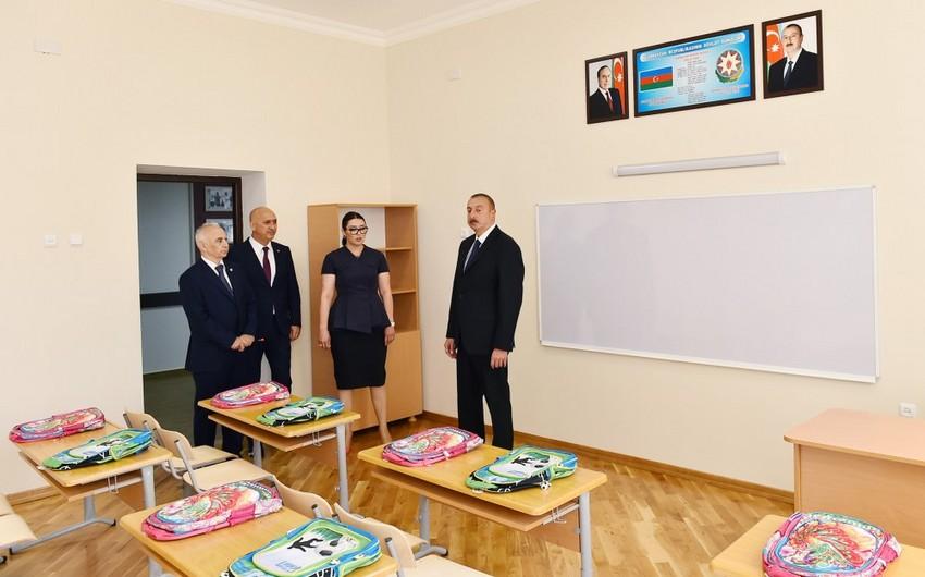Президент Ильхам Алиев ознакомился с условиями, созданными в школе-лицее номер 62