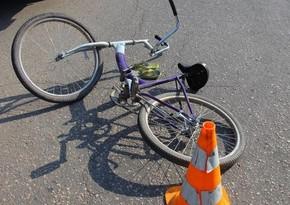 Bakıda velosiped sürən 10 yaşlı uşağı avtomobil vurub