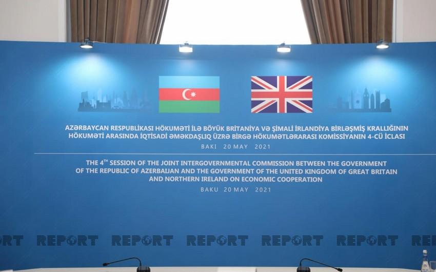 Azərbaycan və Böyük Britaniya arasında 2 sənəd imzalanıb