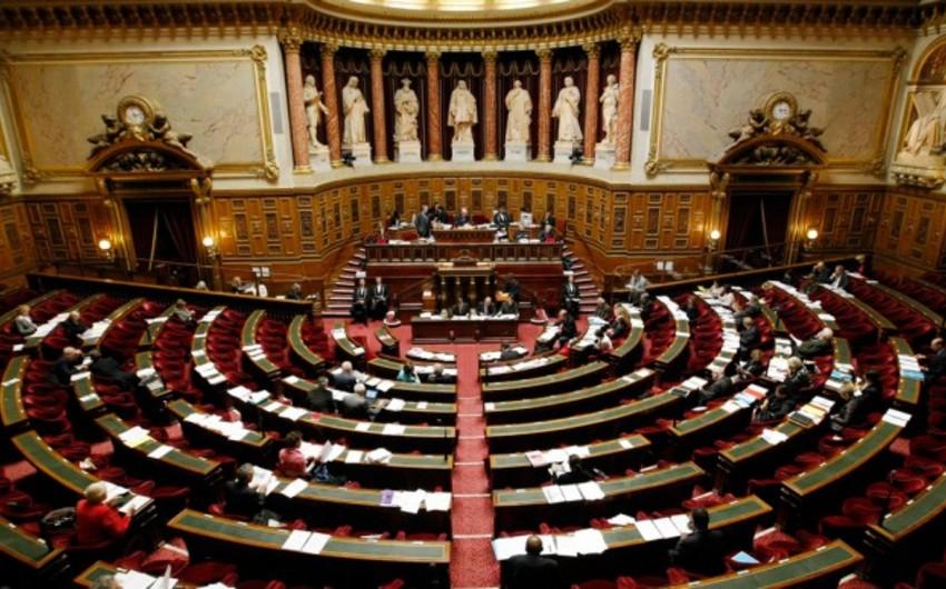 Fransa Parlamenti iclasa gəlməyən senatorlar cərimələnəcək