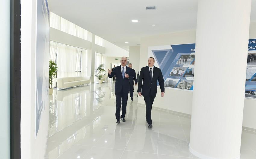 Prezident Yevlaxda Aran Regional İnkişaf Mərkəzi ilə tanış olub - ƏLAVƏ OLUNUB