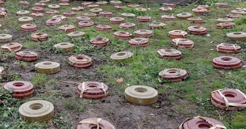 2,800 mines found on Azerbaijan's state border sections liberated from occupation