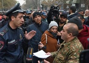 Между сторонниками и противниками Пашиняна произошла перепалка в Ереване